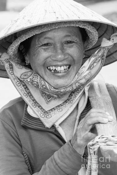 Quang Nam Province Photograph - Vietnam Lady Street Food Seller Hoi An by Martin Berry