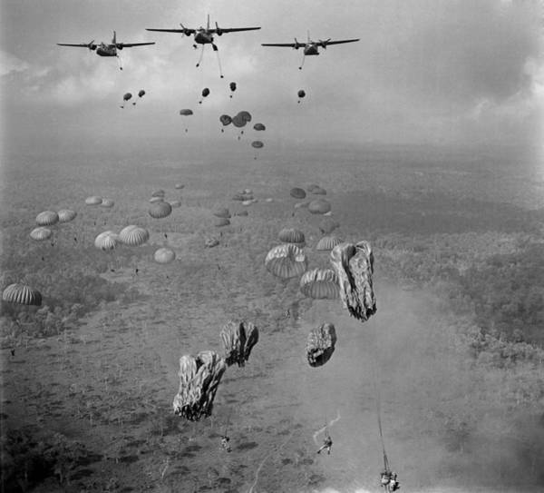 Phi Photograph - Vietnam War. In March 1963, 840 South by Everett