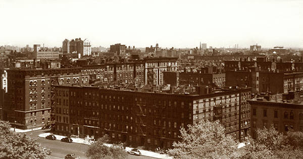 Photograph - View Of Harlem In 1950 by Marilyn Hunt