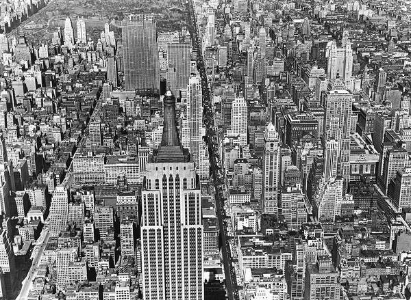 Wall Art - Photograph - View Of Midtown Manhattan by Underwood Archives