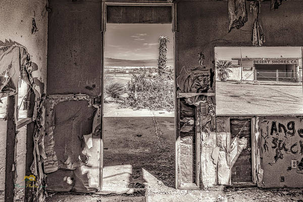 Photograph - View Of The Salton Sea by Jim Thompson
