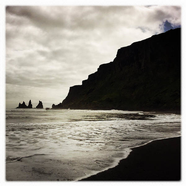 Minimalism Photograph - Vik Beach Reynisdrangar Iceland by Matthias Hauser