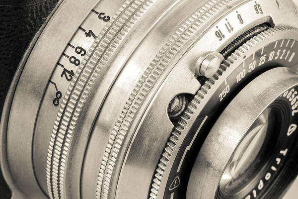 Wall Art - Photograph - Vintage Camera -2 by Rudy Umans