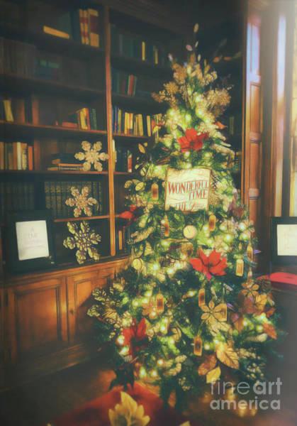 Photograph - Vintage Christmas Tree by Eleanor Abramson
