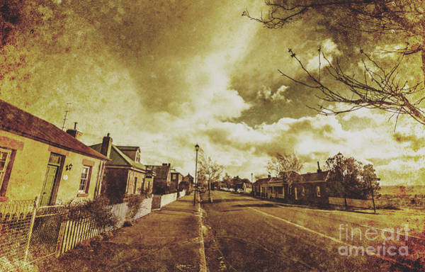 Cottage Style Wall Art - Photograph - Vintage Colonial Street by Jorgo Photography - Wall Art Gallery