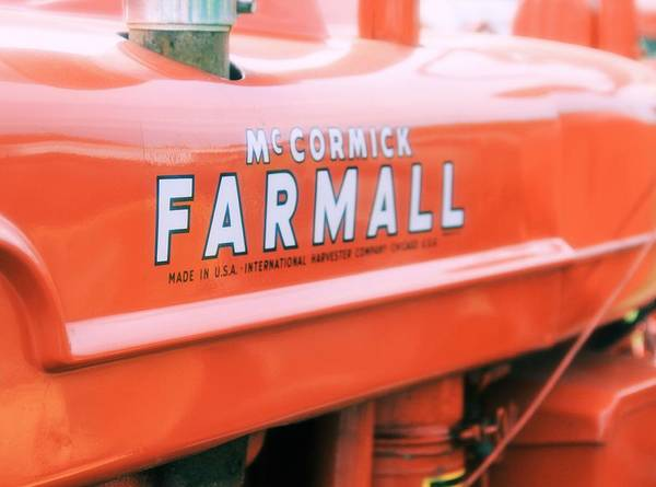 Wall Art - Photograph - Vintage Farmall Tractor by Dan Sproul