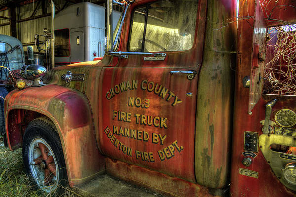 Photograph - Vintage Fire Truck by Jerry Gammon