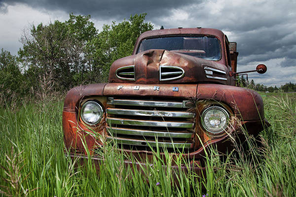 Photograph - Vintage Ford Truck by Theresa Tahara