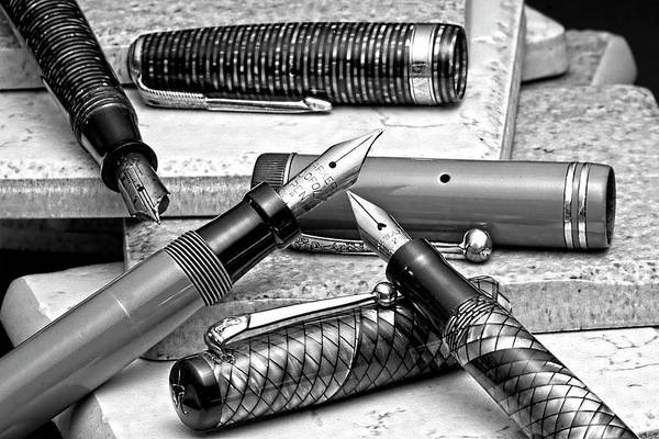 Ink Pen Photograph - Vintage Fountain Pens by Tom Mc Nemar
