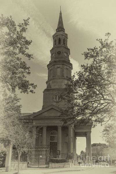 Photograph - Vintage Landmark  by Dale Powell