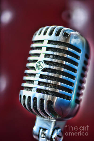 Broadcaster Wall Art - Photograph - Vintage Microphone 1 by Paul Ward