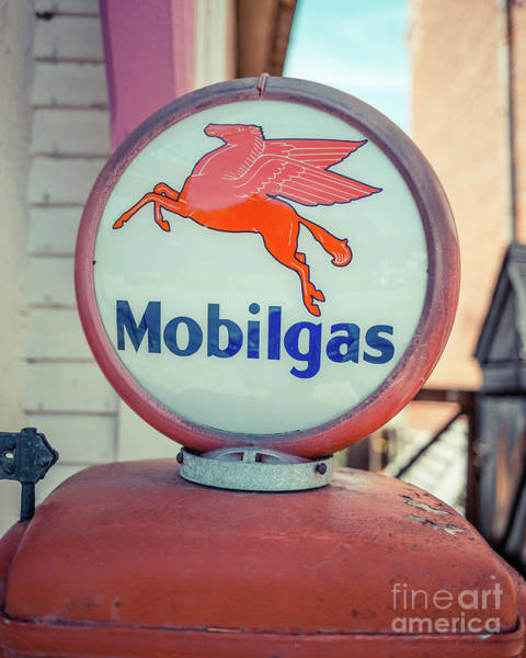 Gas Station Photograph - Vintage Mobil Gas Pump by Edward Fielding