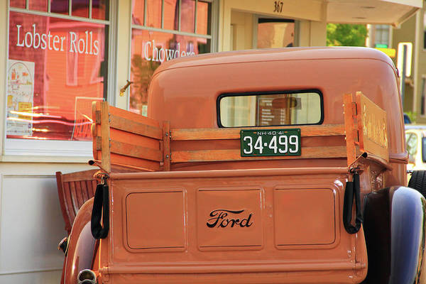 Photograph - Vintage Nh Truck by Brian Pflanz