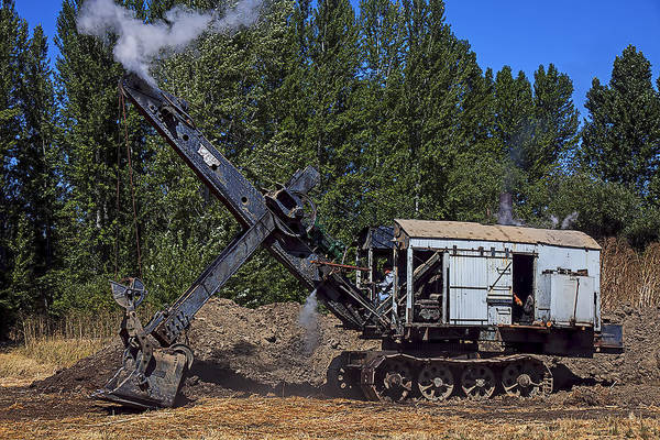 Excavator Photograph - Vintage Steam Shovel by Garry Gay