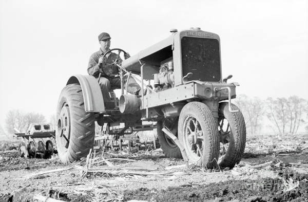 Photograph - Vintage Tractor Allis Chalmers by Edward Fielding