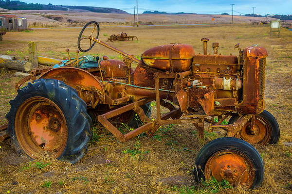 Traction Photograph - Vintage Tractor by Garry Gay
