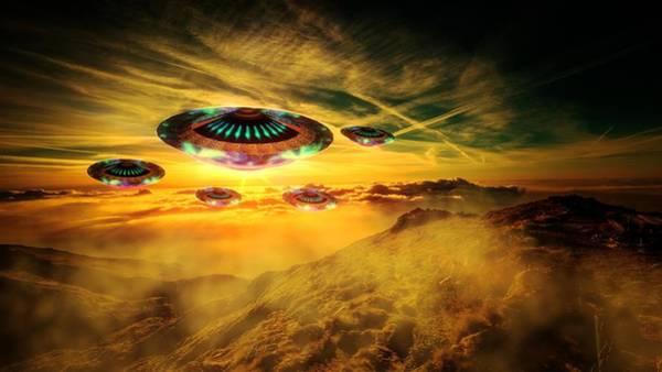Ufo Digital Art - Visitors By Raphael Terra by Raphael Terra