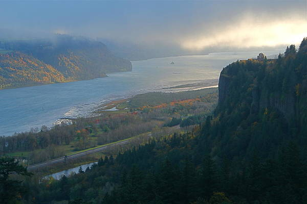 Photograph - Vista House At Crown Point by Todd Kreuter