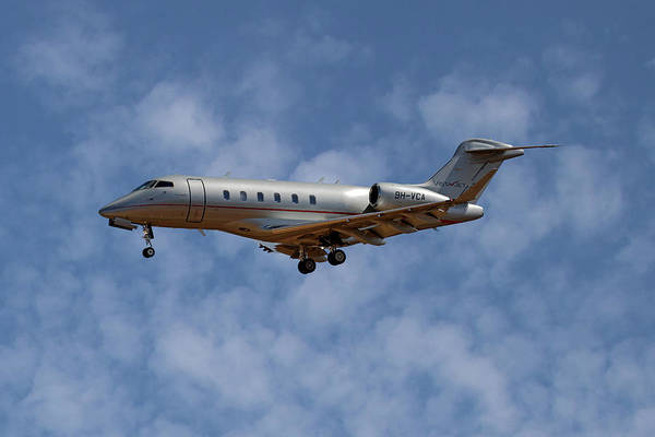 Challenger Photograph - Vista Jet Bombardier Challenger 300 1 by Smart Aviation