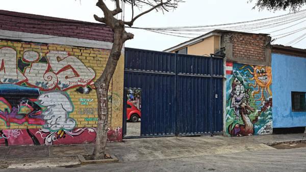 Photograph - Volk Art, Lima 2013 by Chris Honeyman