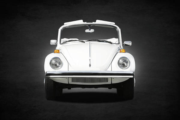 Volkswagen Wall Art - Photograph - Volkswagen Beetle by Mark Rogan