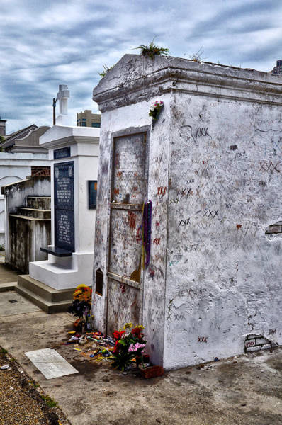 Nola Photograph - Voodoo Queen Marie Laveau's Tomb by Bill Cannon