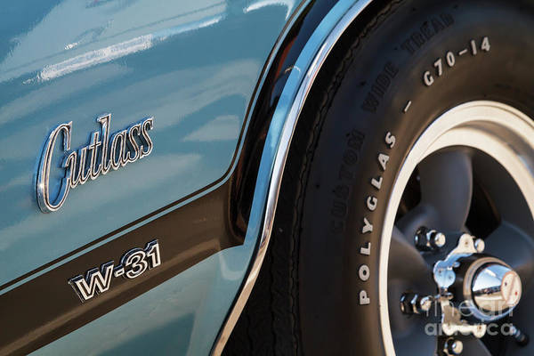 Oldsmobile 442 Wall Art - Photograph - W-31 by Dennis Hedberg