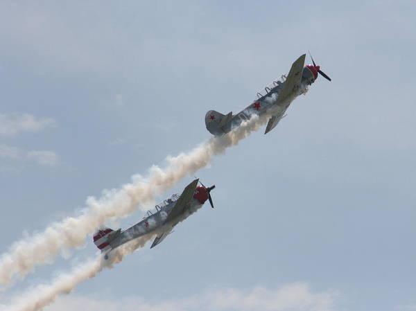 Photograph - Wafb 09 Yak 52 Aerostar 1 by David Dunham