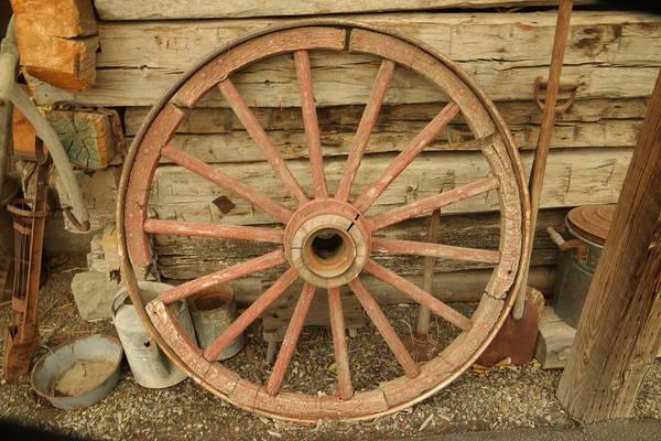 Wagon Wheel Photograph - Wagon Wheel by Jeff Swan