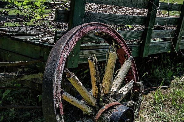 Wall Art - Photograph - Wagon Wheel by Patrick Flynn