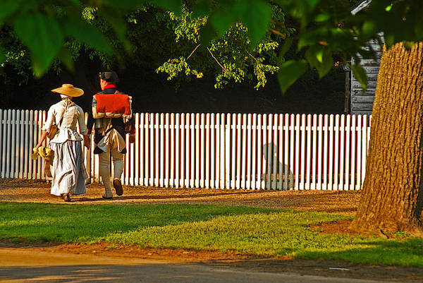 Williamsburg Photograph - Walking Couple - Williamsburg by Panos Trivoulides