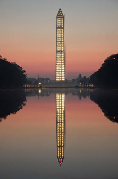 Photograph - Washington Monument At Dawn by Ed Clark