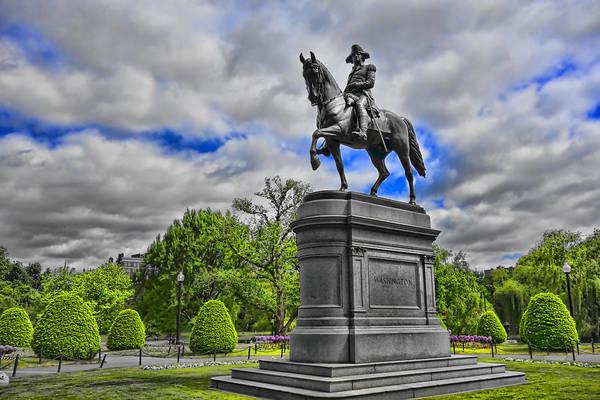 Photograph - Washington Statue Y1 by Carlos Diaz