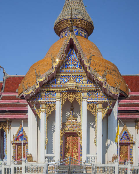 Photograph - Wat Chaimongkron Phra Wihan Gable And Entrance Dthcb0091 by Gerry Gantt