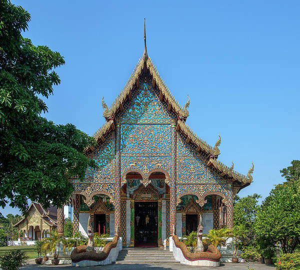 Photograph - Wat Chamthewi Phra Wihan Dthlu0054 by Gerry Gantt