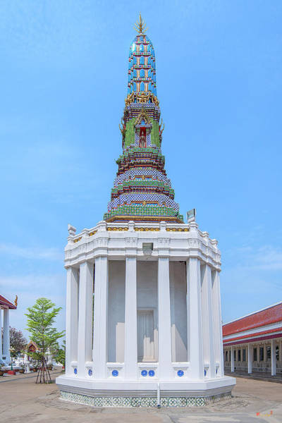 Photograph - Wat Intharam Phra Prang East Dthb2093 by Gerry Gantt