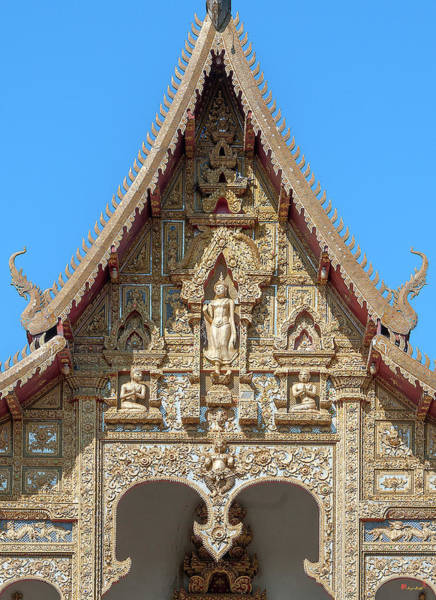 Photograph - Wat Kumpa Pradit Phra Wihan Gable Dthcm1660 by Gerry Gantt