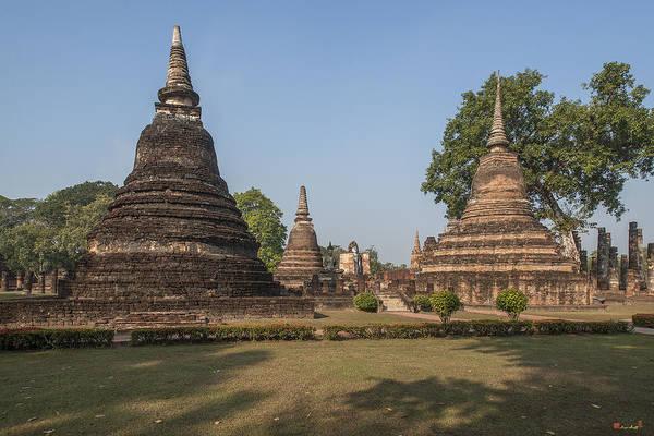 Photograph - Wat Mahathat Chedi Dthst0052 by Gerry Gantt