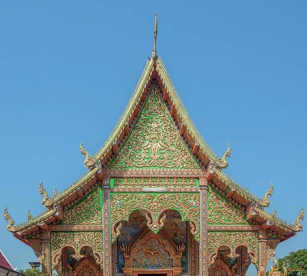 Photograph - Wat Mahawan Wihan Luang Gable Dthlu0268 by Gerry Gantt