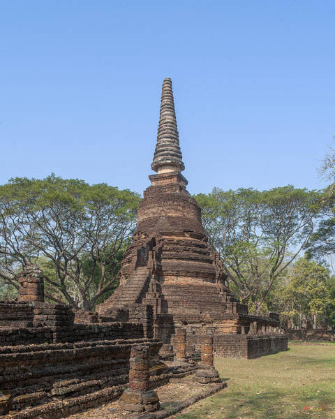 Photograph - Wat Nang Phaya Main Chedi Dthst0152 by Gerry Gantt
