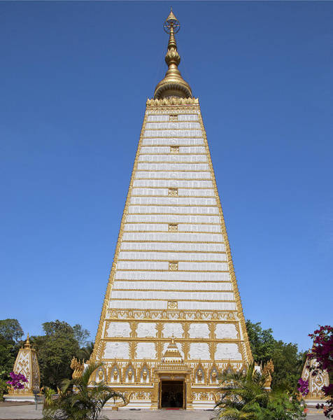 Photograph - Wat Nong Bua Phra That Chedi Si Maha Pho Dthu141 by Gerry Gantt