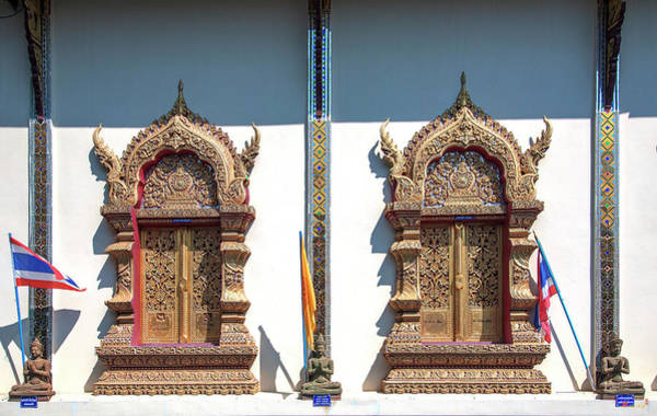 Photograph - Wat Nong Seng Phra Wihan Windows Dthlu0331 by Gerry Gantt