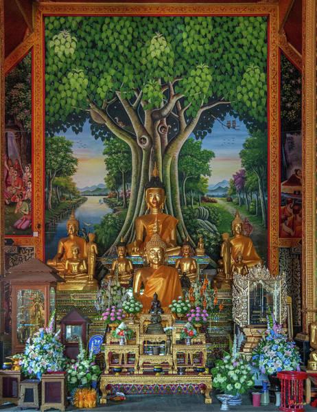 Photograph - Wat Rong Sao Wihan Luang Buddha Images Dthlu0156 by Gerry Gantt