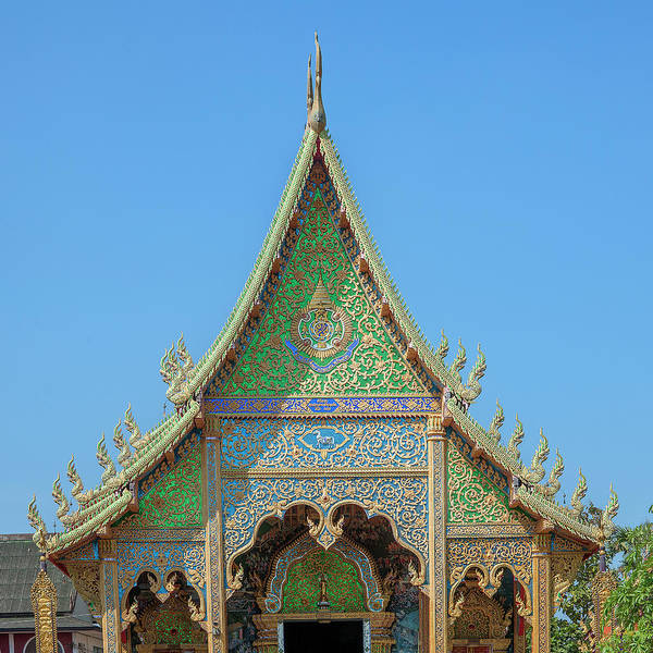 Photograph - Wat Rong Sao Wihan Luang Gable Dthlu0151 by Gerry Gantt