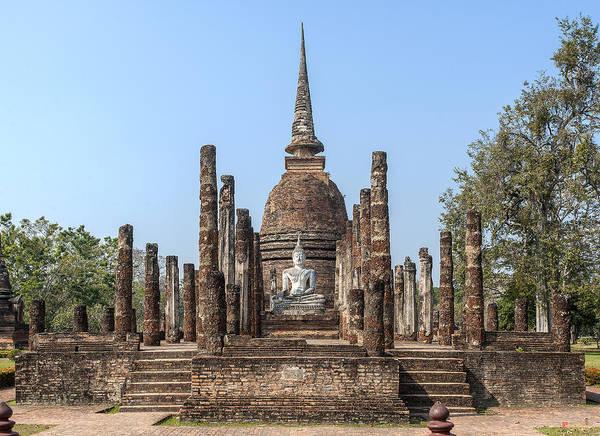 Photograph - Wat Sa Si Wihan And Chedi Dthst0087 by Gerry Gantt