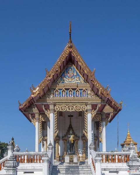 Photograph - Wat Sawangfa Pruetaram Phra Ubosot Dthcb0109 by Gerry Gantt