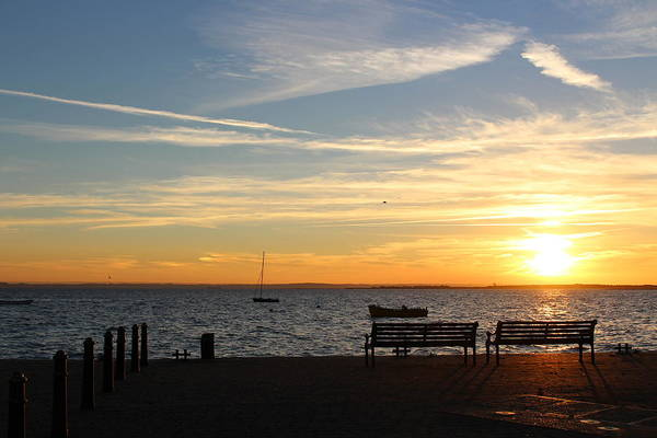 Leigh On Sea Photograph - Watch Sunset by Loretta S