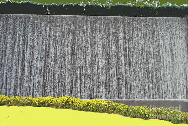 Photograph - Water Curtain by Bill Thomson