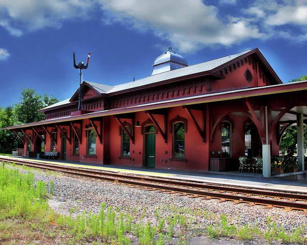 Photograph - Waterbury Amtrak Station by Anthony Dezenzio