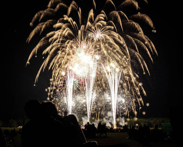 Photograph - Waukesha Fireworks 06 by Jeanette Fellows